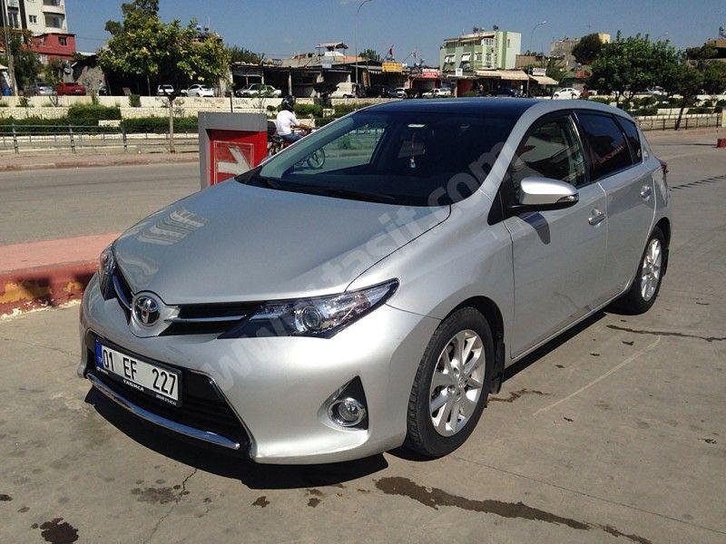 Toyota Auris 1 4 D 4d Advance Skypack Sifir Ayarinda Fullfull Bayan Arabasi Araba