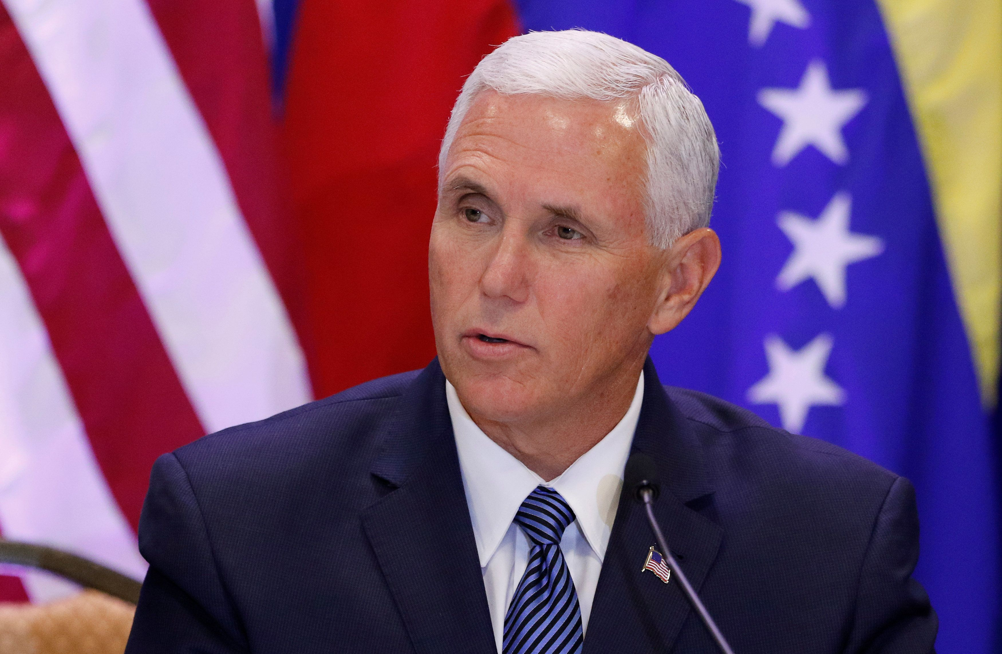Mike Pence Walks Out Of Nfl Game Over Kneeling Protest Mike Pence Vice President Pence Nfl Games
