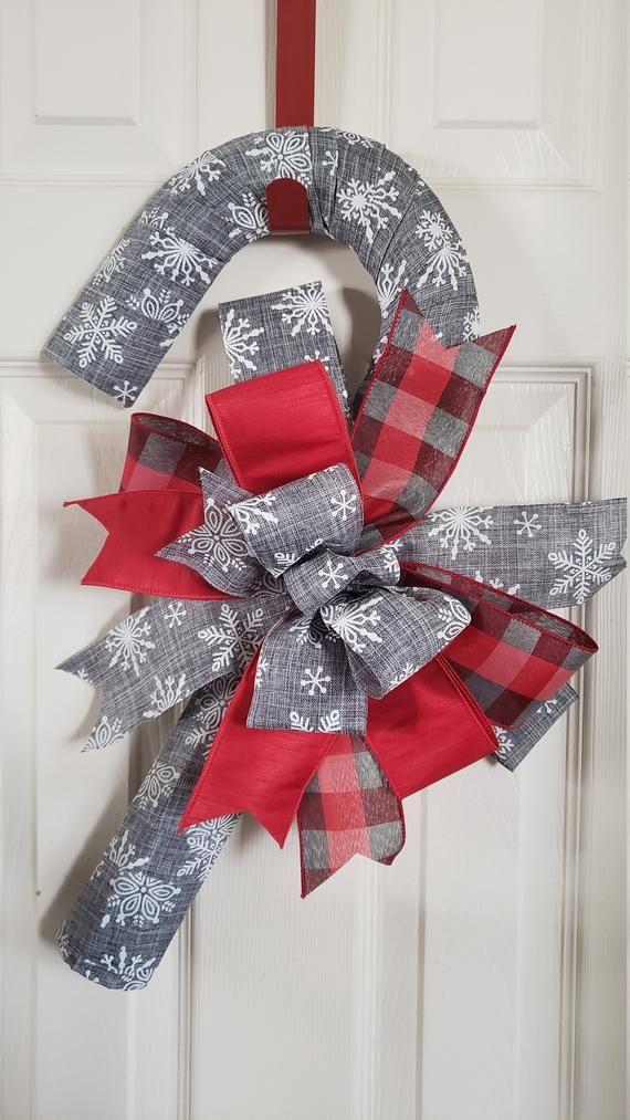 Snowflake Candy Cane Wreath #candycanewreath
