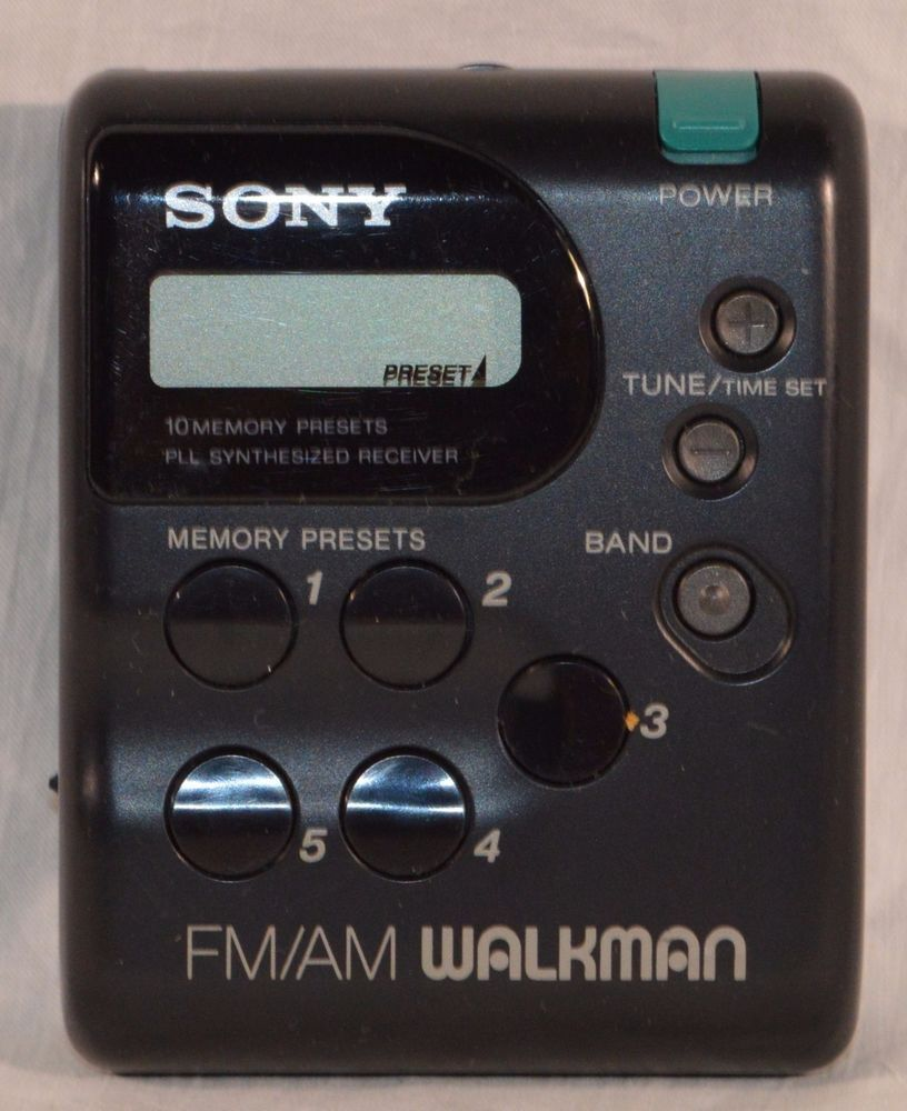 3ffa3c05718 Vintage working Sony FM/AM Walkman Radio SRF-M33 tested No Headphones #Sony
