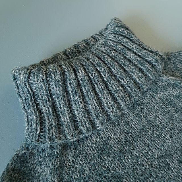1ac915ae TURTLENECK ER HELT TOPP - NORSK STRIKKEOPPSKRIFT | Blogginnlegg | Turtle  neck, Crochet Top og Tops