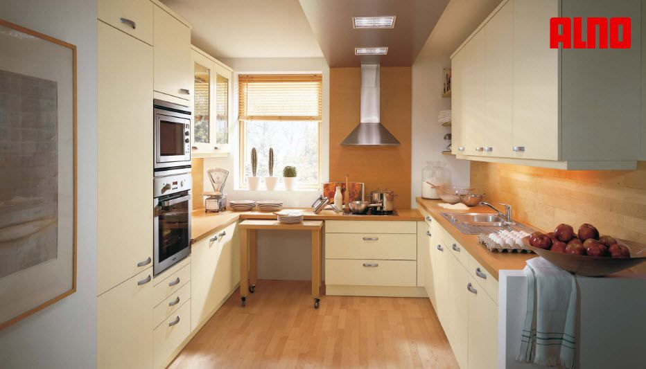 Moderne küche holz aus massivholz holzfurnier alnoplan alno