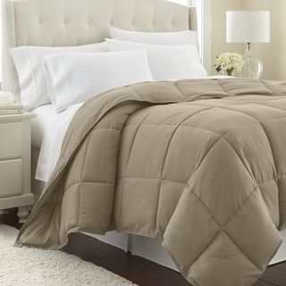 Photo of All Season Premium Down Alternative Comforter (Full / Queen – Coronet Blue), Southshore Fine Linens