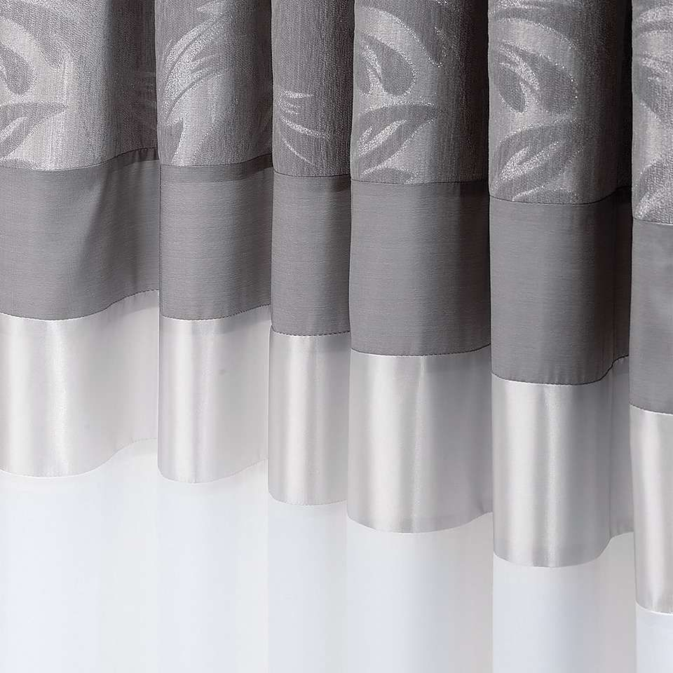 Silver Curtains For Bedroom Roma Damask Silver Thermal Pencil Pleat Curtains Dunelm