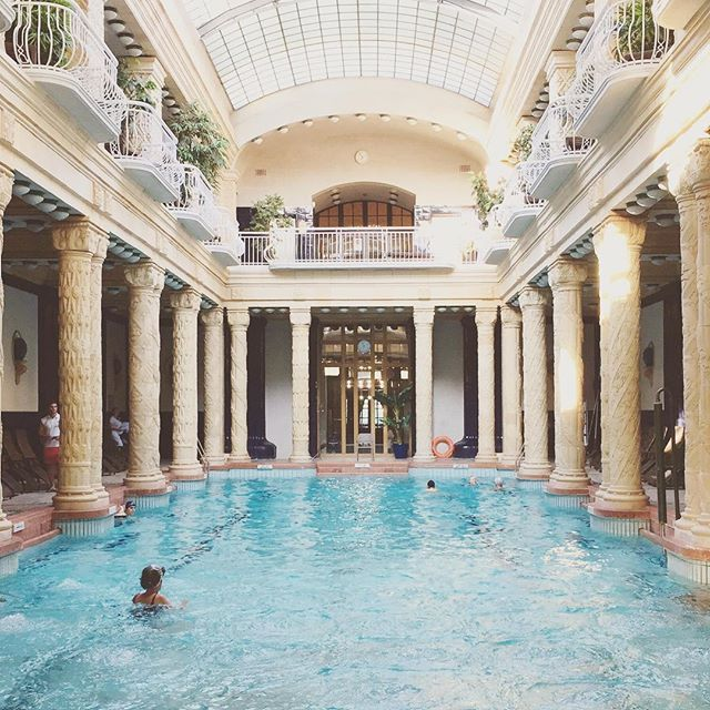 The Five Best Swimming Pools In The World To Crash | Travel | Cool ...