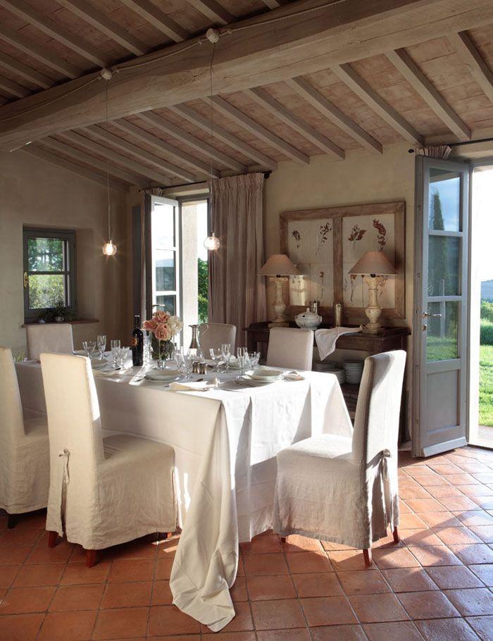 Love an Open Airy Dining experience!!!! Blog by Nela Vivir en La