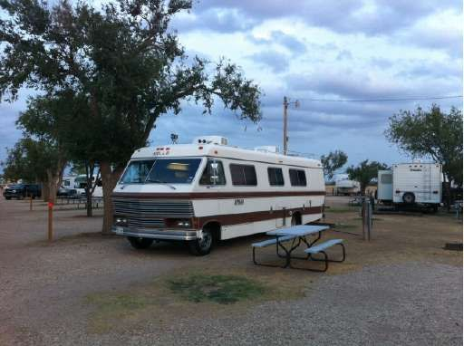 1979 Apollo Bus Motorhome RV Camper Van | Everything