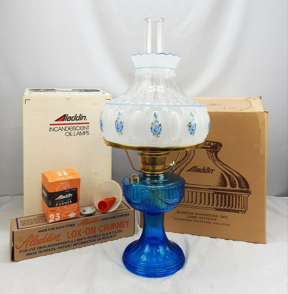 Aladdin Oil Lamp Lincoln Drape Blue Rose Shade Signed
