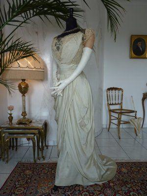 Jugendstil Abendkleid aus grüner Seide, ca. 1910 | RP Inspiration ...