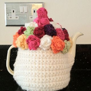 Tea cosy made using Laughing hens pattern