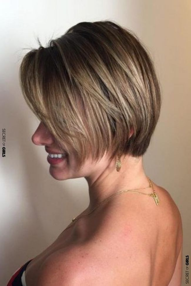 SHORT HAIRSTYLES FOR WOMEN OVER 40: YOUR AGE DOES NOT MATTER #hair #hairstyle #h  Buns Hairstyles For Black Women - #black #hairstyle #hairstyles #matter #short #women - #new #bunshairstylesforblackwomen