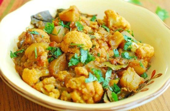 Food recipe malayalam lekshmi nair learns how to make aloo food recipe malayalam lekshmi nair learns how to make aloo gobi forumfinder Image collections