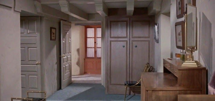 Awesome Mitchu0027s Dressing Room In The Parent Trap ( 1961 ). Art Direction By Carroll  Clark And Robert Clatworthy. Set Decoration By Emile Kuri And Hal Gausmu2026