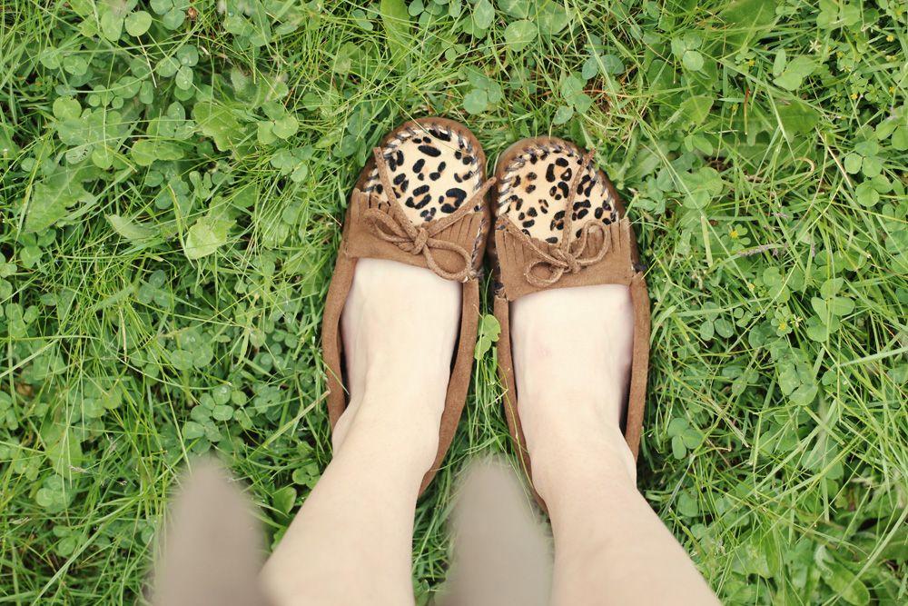 Delightfully Tacky in her Minnetonka Limited Edition Leopard Kilty mocs.