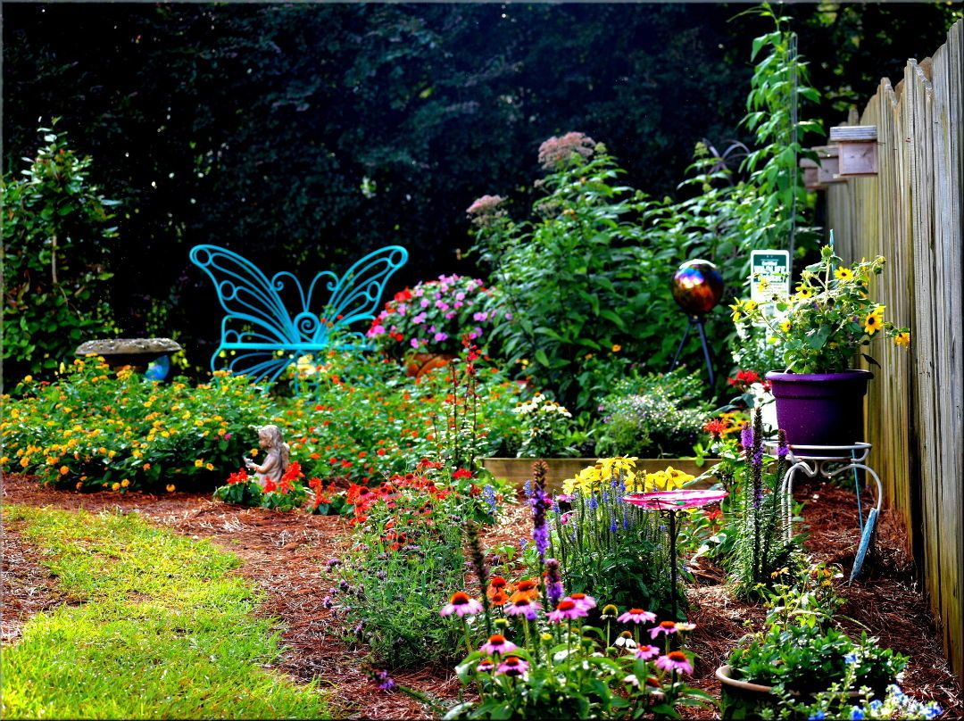 Backyard Butterfly Garden Backyard Garden Design 400 x 300