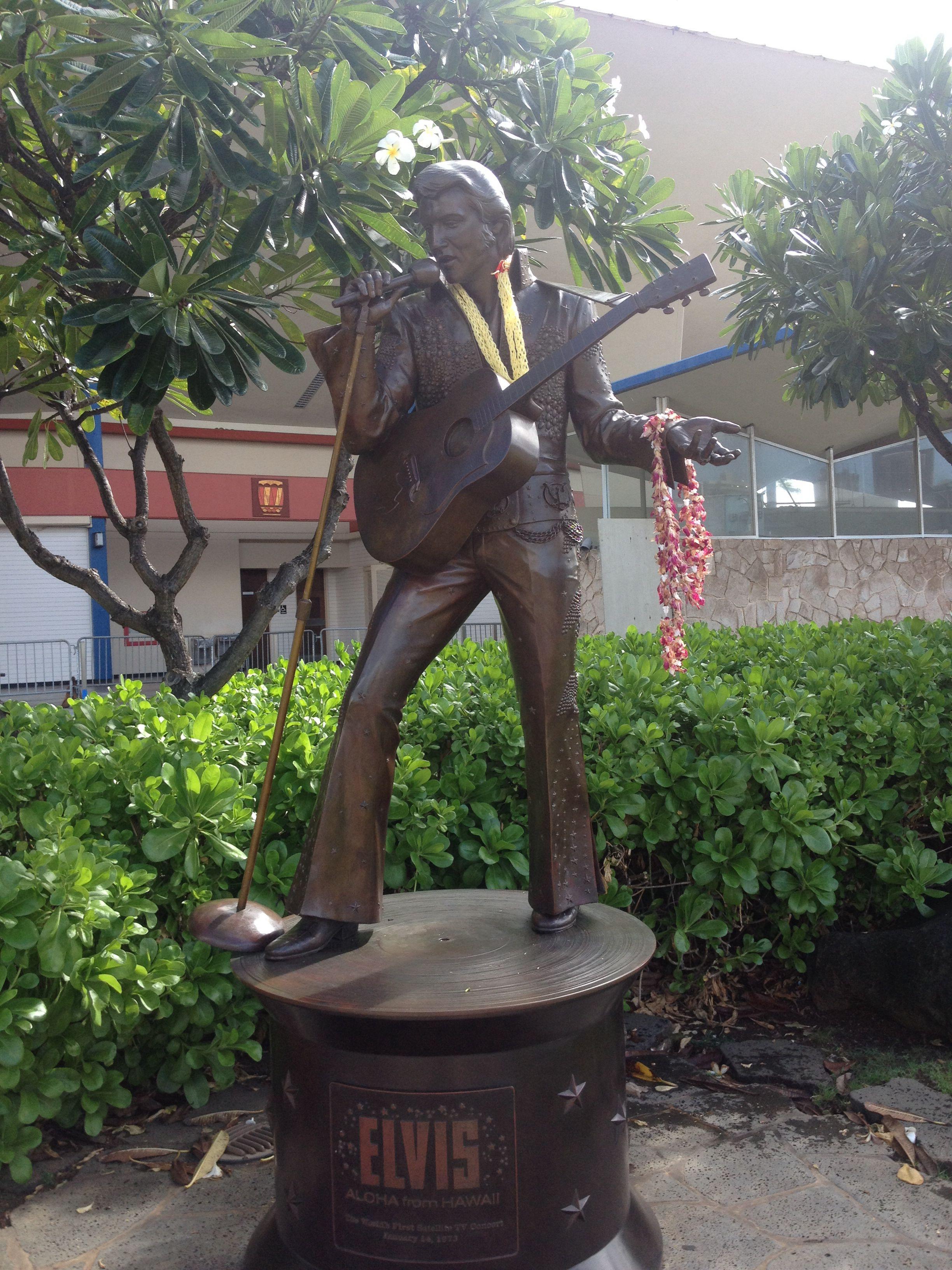 Elvis statue in Waikiki Hawaii. Aloha from Hawaii.