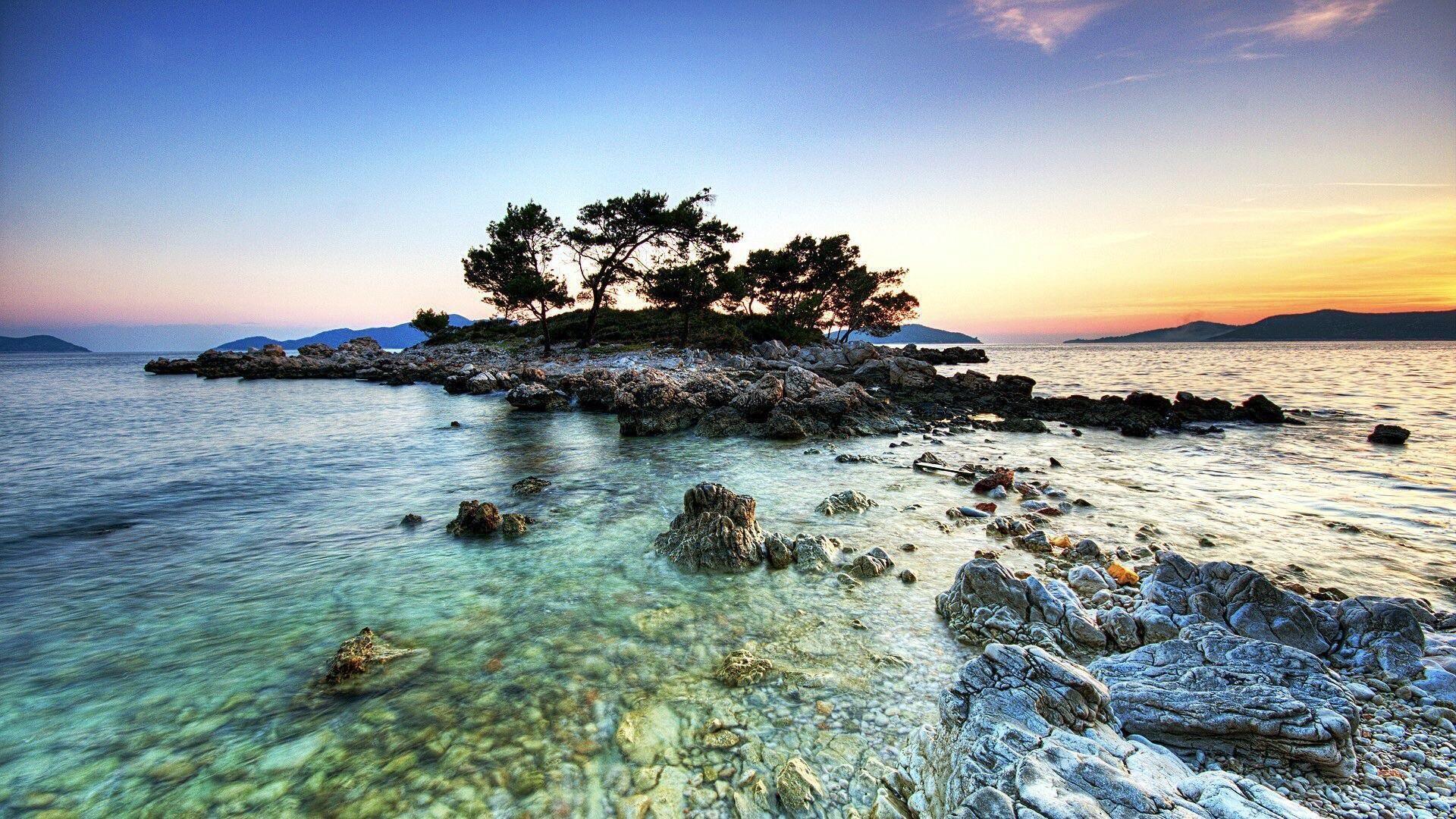 Remote Brunei Is Overwhelmingly Stunning 2040x1120 Oc Http Ift Tt 2bbkn4f Island Wallpaper Beach Landscape Island