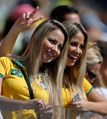 Why Copa America has the hottest fans in football? (Brazil