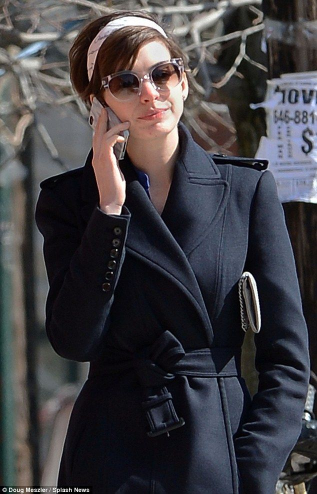 Get a room! Anne Hathaway and husband Adam Shulman pack on the PDA as they kiss over coffee date | Mail Online