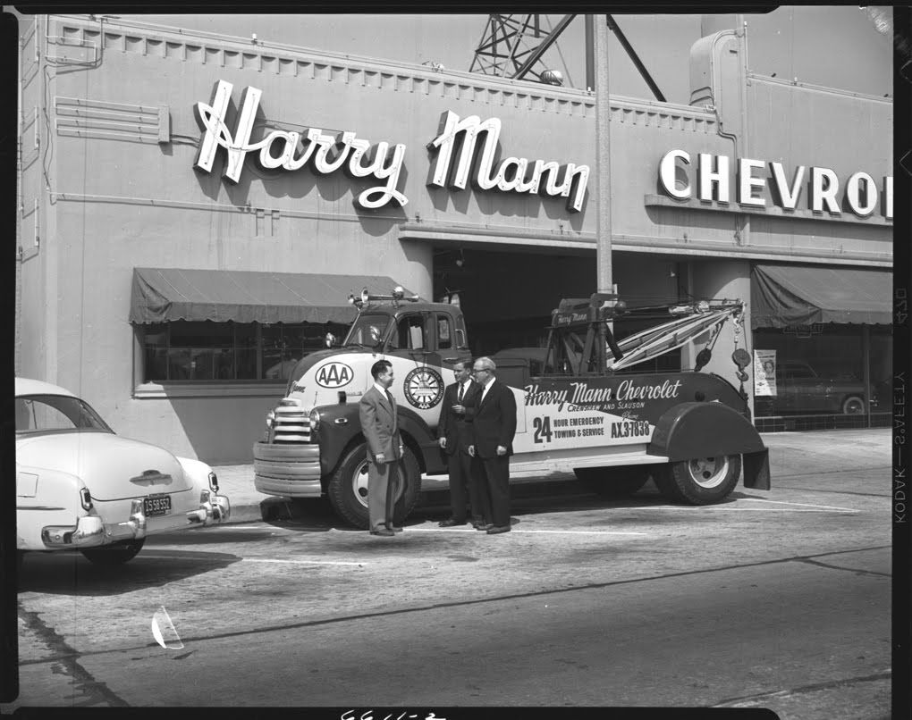 Harry Mann Chevrolet in Los Angeles, 1952. | Gas Stations & Tow ...