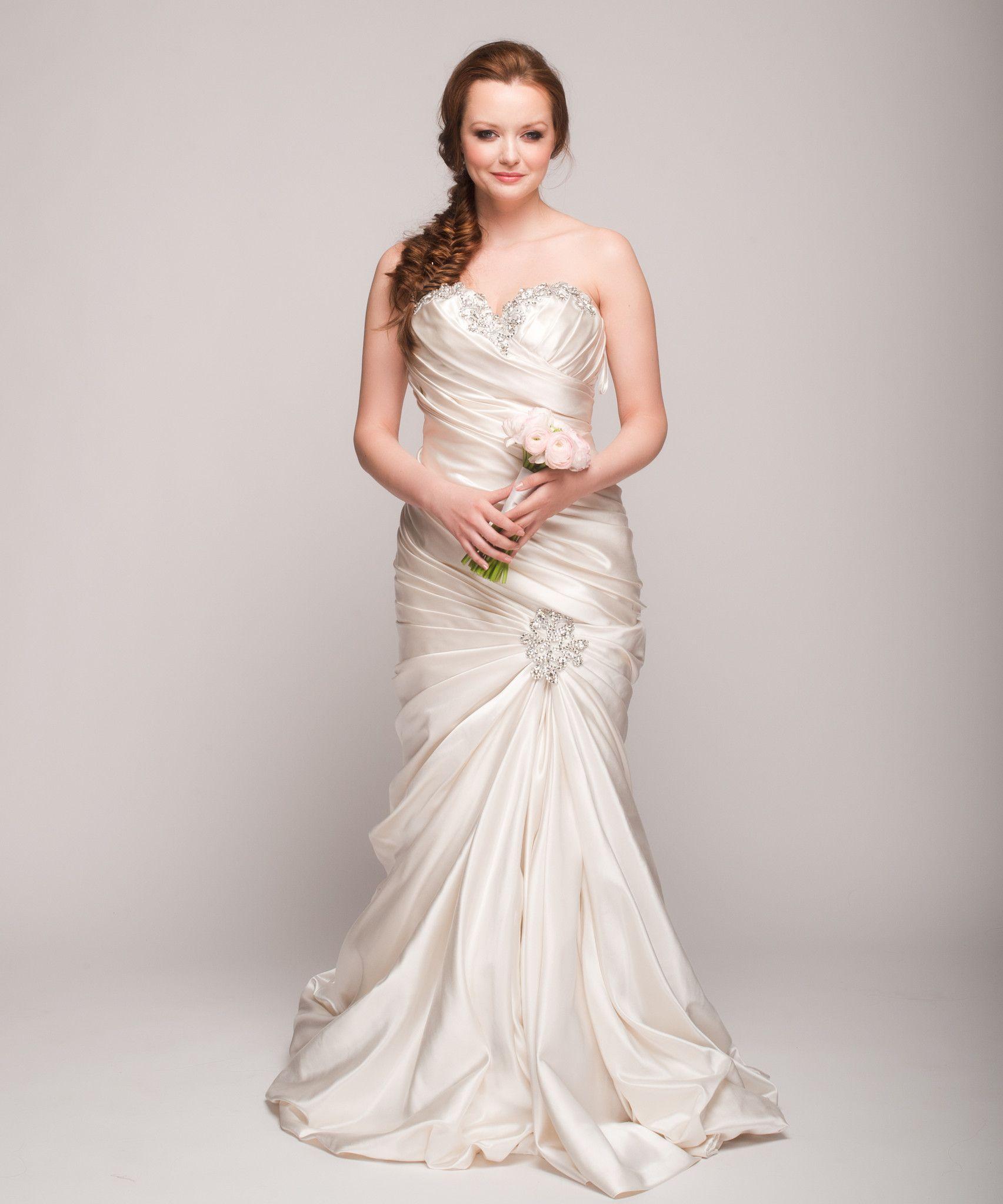 Pnina Tornai Ruched Mermaid Gown   Trajes bonitos, Vestidos novia y ...