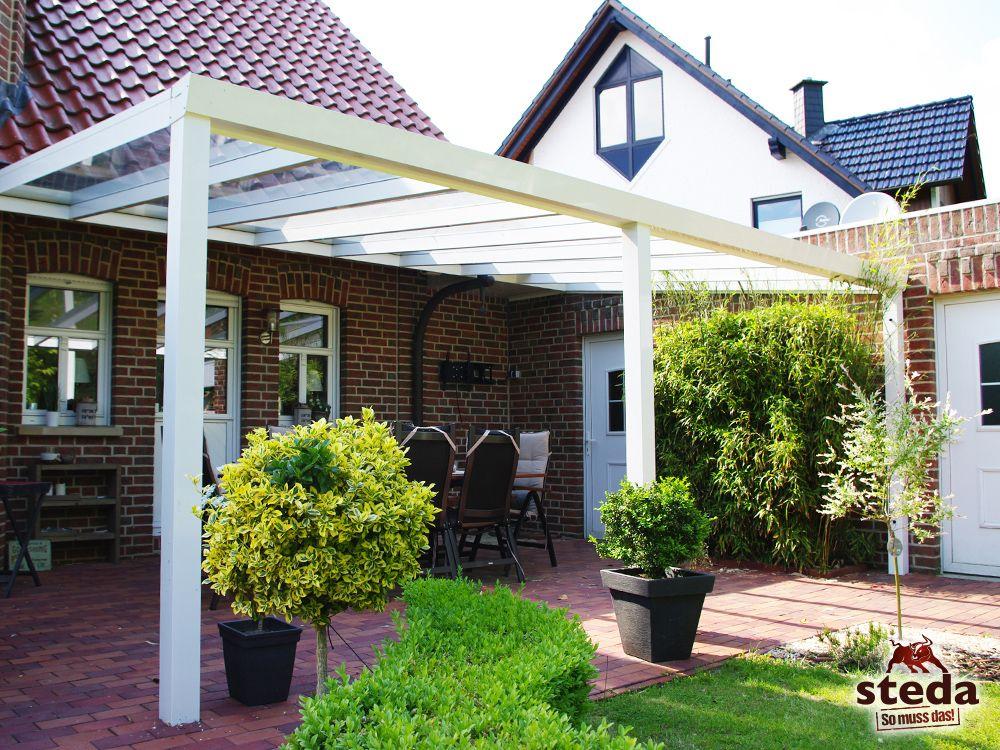 Den Garten genießen unter einer Aluminium-Terrassenüberdachung mit - garten terrasse uberdachen