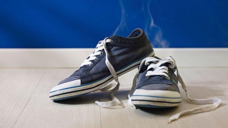 comment enlever l 39 odeur des chaussures trucs enlever odeur chaussure odeur chaussure et odeur. Black Bedroom Furniture Sets. Home Design Ideas