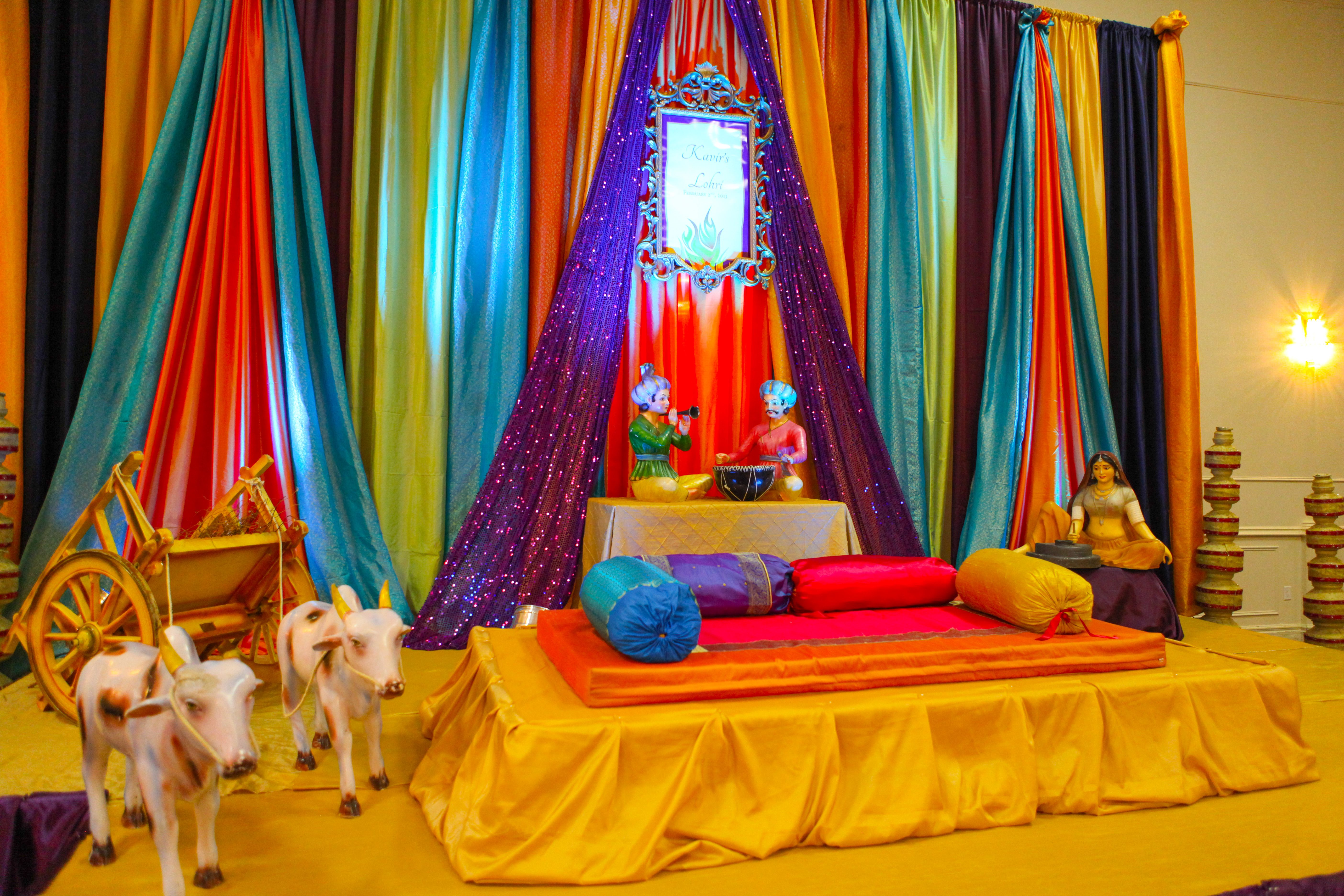 Lohri party decor stage decor pinterest mariage and for Holi decorations at home