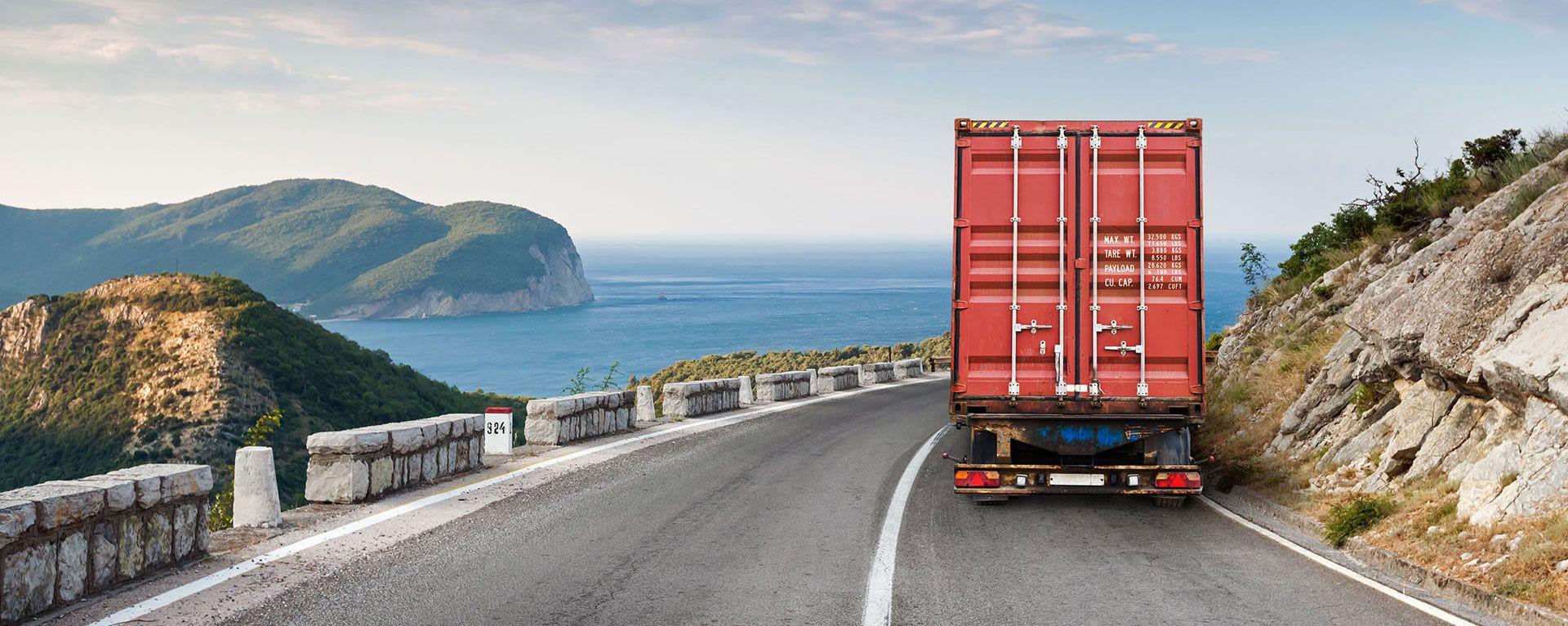 Pak Cargo Service provides a fast air platform to send cargo