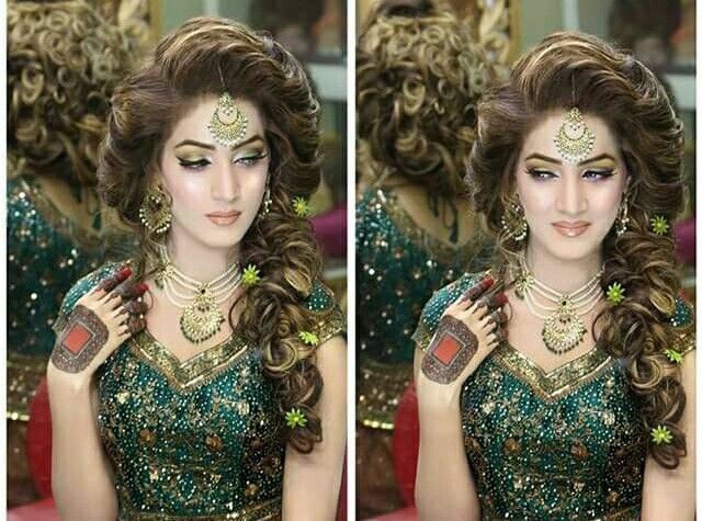 I Mehndi Hairstyles : Pin by maryam awan on hairstyles