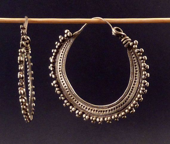 Indian earrings called bali, silver indian jewelry, jewellery from Himachal Pradesh, ethnic tribal jewelry, indian ethnic silver