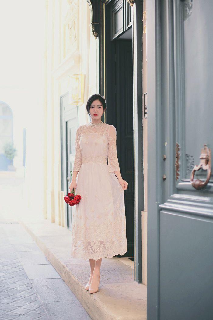 Inspirasi Gaun Pernikahan Simple Elegan Seperti Meghan Markle Yang