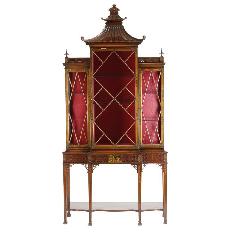 Early 20th Century Chinoiserie Curio Cabinet 6,500