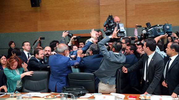 Dokunulmazlık Komisyonunda Kavga Çıktı 'Gündem Haberleri'
