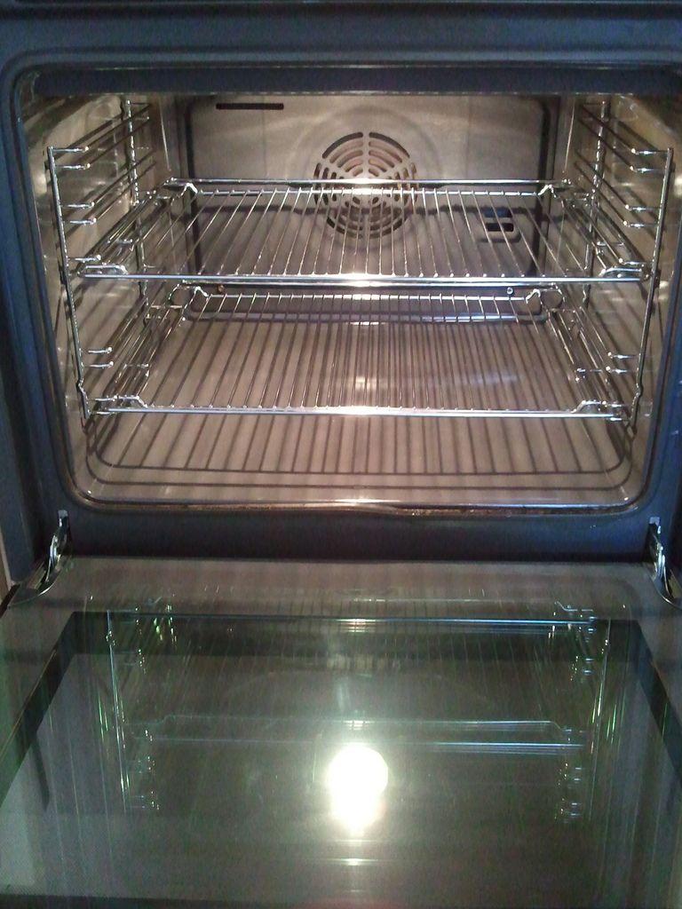 cleaned oven backofen pinterest backofen und ofen. Black Bedroom Furniture Sets. Home Design Ideas