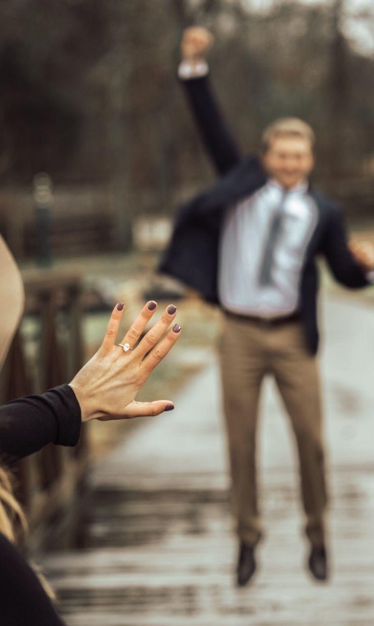 """Hannah Neese Goff auf Instagram: """"Ich habe es immer mit dir gewusst. Unsere vollständige Verlobungsgeschichte finden Sie auf dem Blog. Schauen Sie, wie er mich gebeten hat, seine Freundin zu sein. Großer Park-Typ, denke ich.… """""""