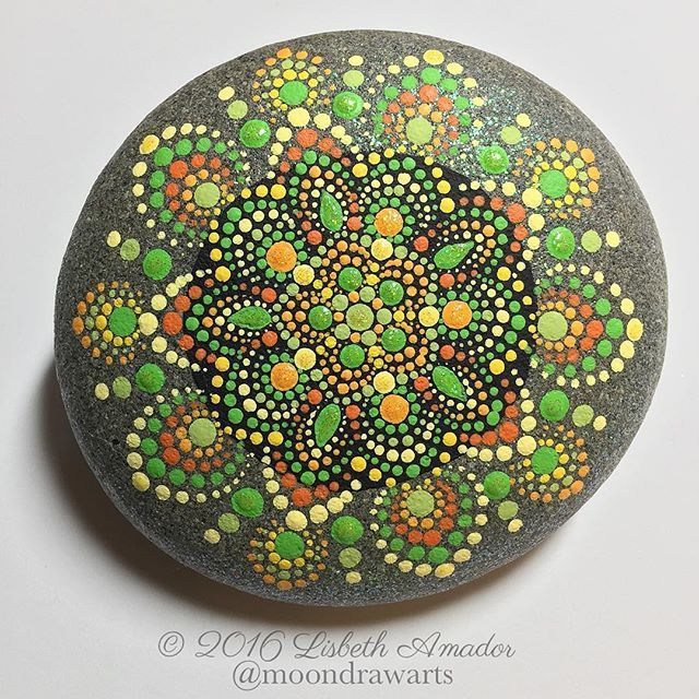 Citrus mandala rock, ☺️ #moondrawarts #mandala #mandalas #paintedrocks #art #rocks #meditation