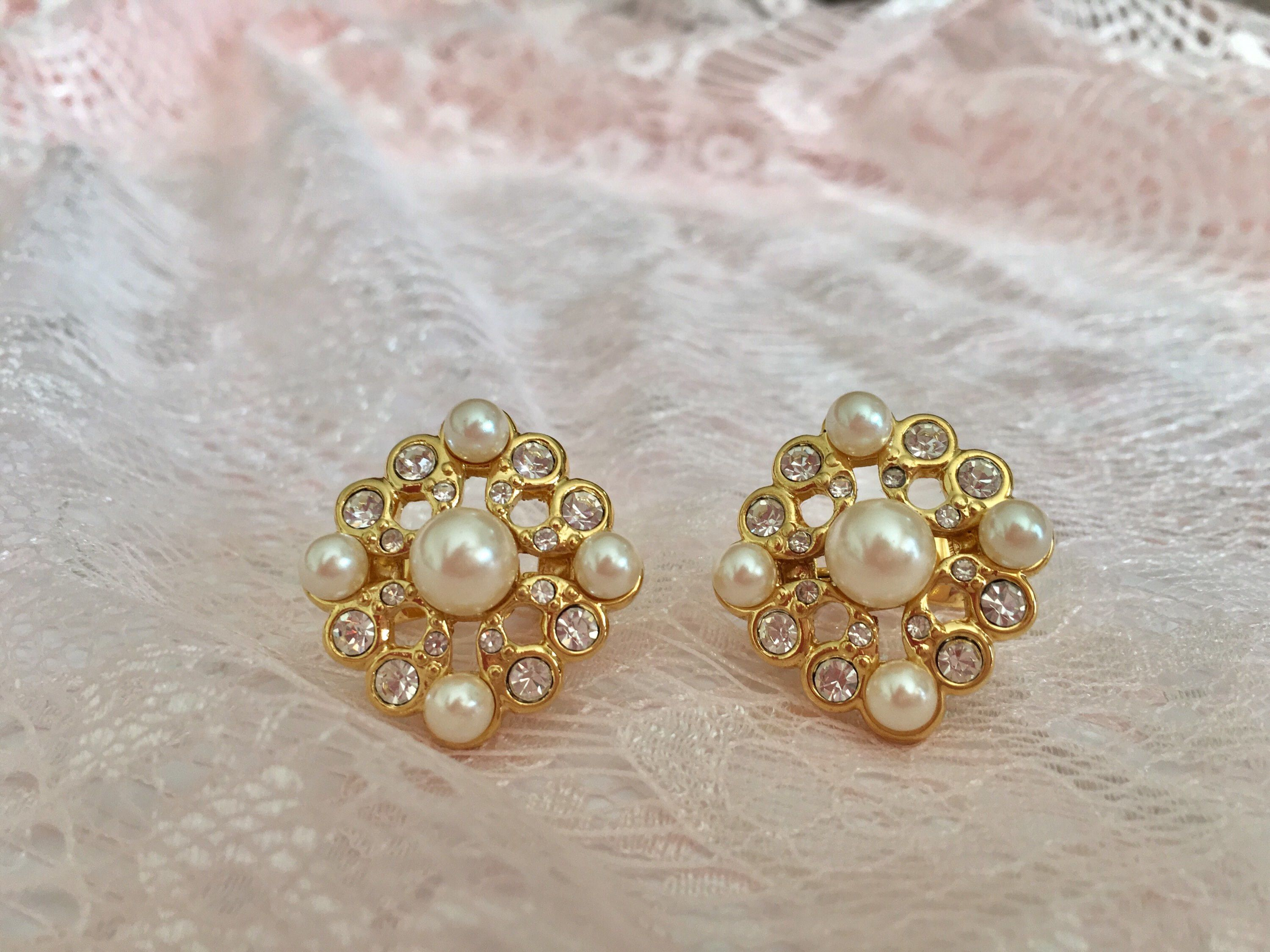 Vintage Pearl Gold Clip On Earrings Https Etsy
