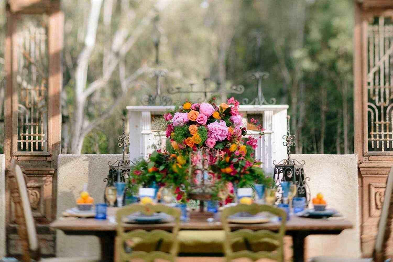 Wedding decorations shabby chic october 2018 shabby chic wedding ideas on a budget in   Weddings  Pinterest