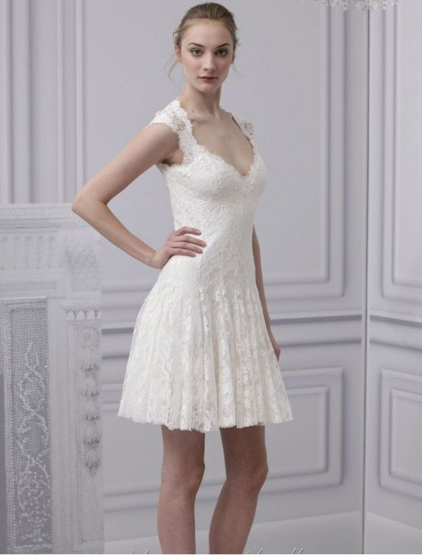 Lace Sweetheart Neckline Short Wedding Dress With Keyhole Back