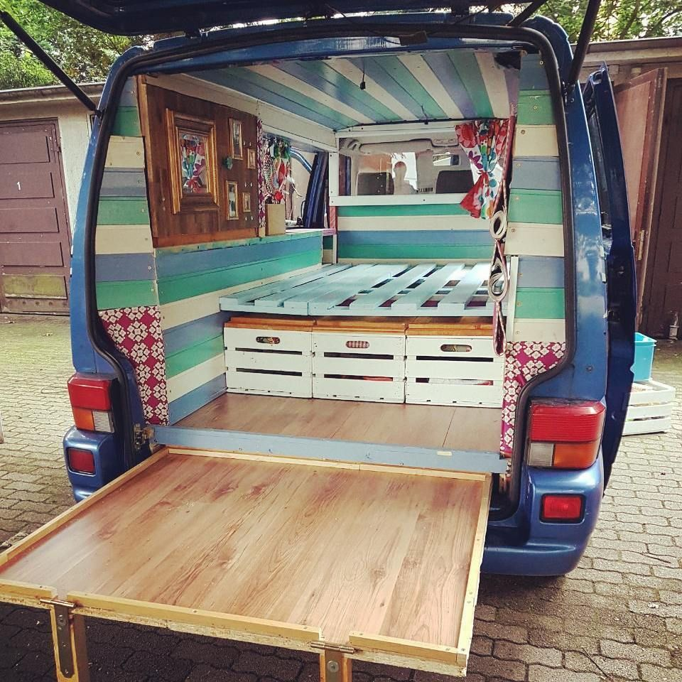 "Photo of Colli Dau on Instagram: ""Eine Lady braucht einen ordentlichen Hintern:-) Just finished our #vans smackable ass….😂 #vanlive #vanlifedreams #vancrush #diy…"""