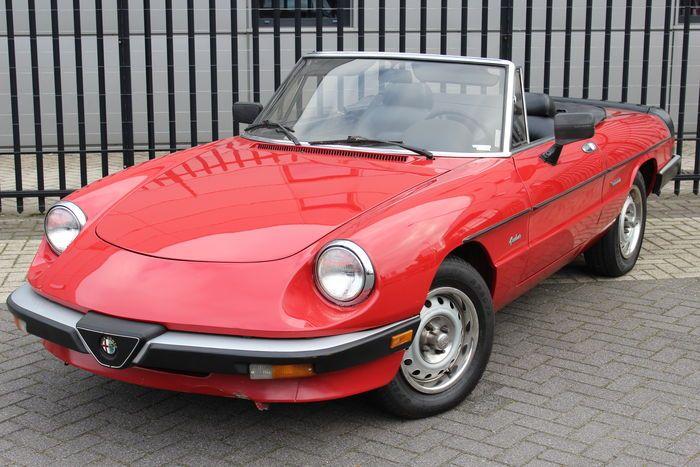 Pin Op Alfa Romeo Spiders