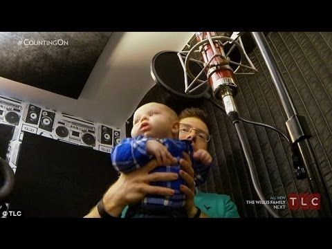 Duggars go hip hop : Ben Seewald tries his hand at Christian rap with ba...