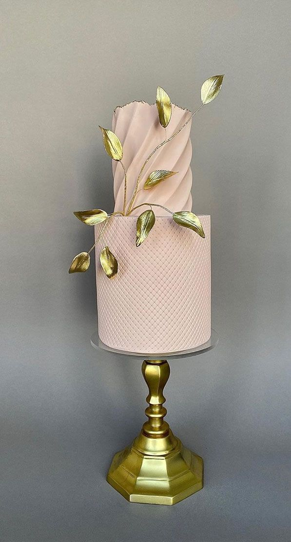 57 Pretty wedding cakes almost too pretty to cut