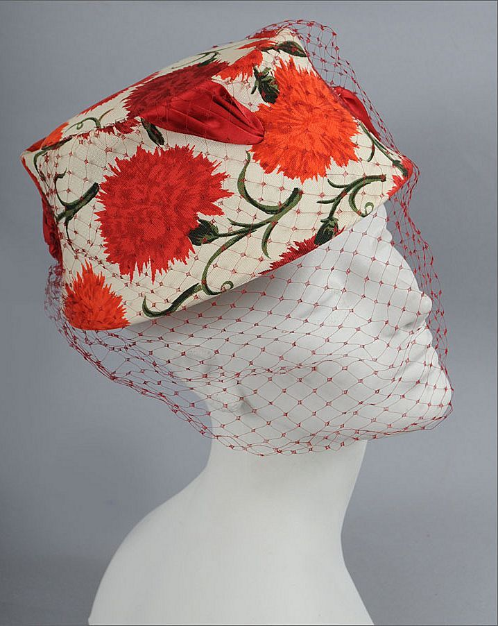 16-12-11  1950's veiled hat  .... can def see this remade in knit or crochet... down to the flower pattern