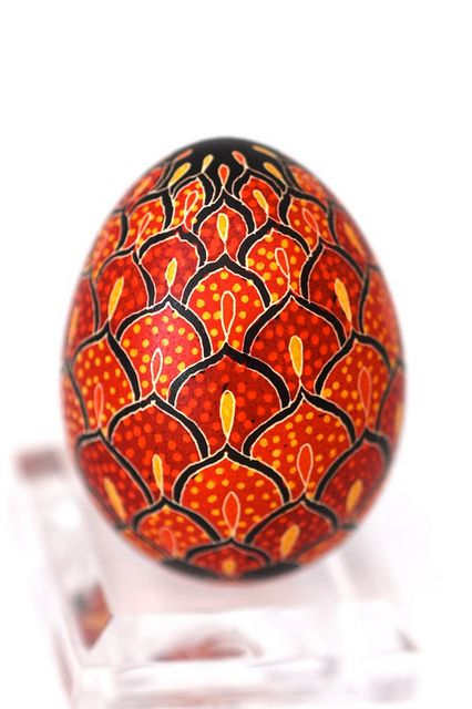 Feathers carry the same meaning as the entire bird and this pysanka is filled with feathers.  Birds were considered the harbingers of spring, thus they were a commonplace pysanka motif. Birds of all kinds are the messengers of the sun and heaven.