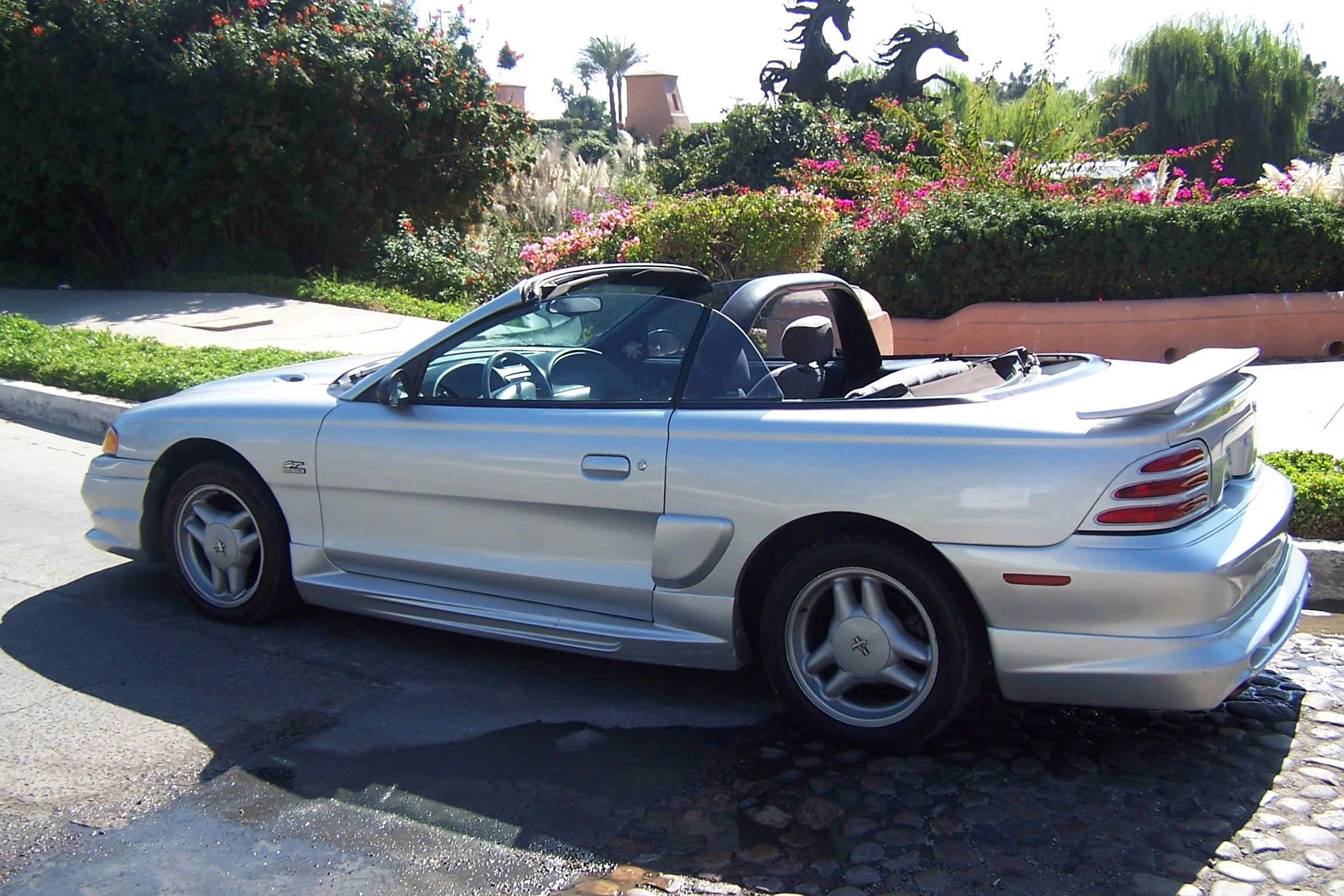 2002 ford mustang gt convertible ford mustang fourth generation wikipedia the free convertible top motor transmission fluid change ford se pinteres