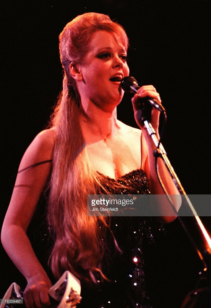 Singer Cindy Wilson Of The Rock And Roll Band The B 52s Perform