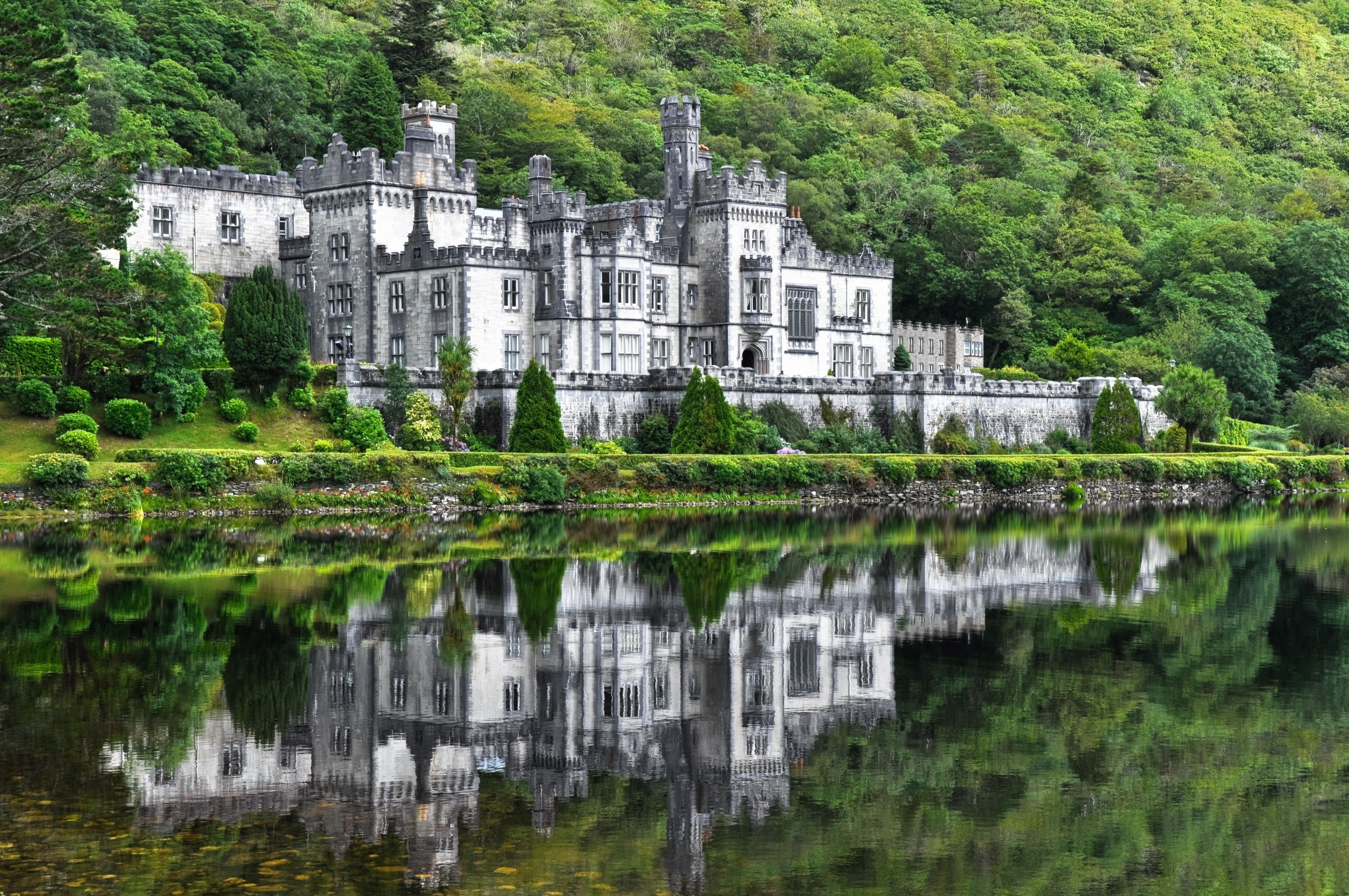 Kylemore Abbey is home to a community of Benedictine nuns who sought refuge in Ireland after World War 1. Entrance is around $15 and includes a History Talk of the Abbey #Ireland