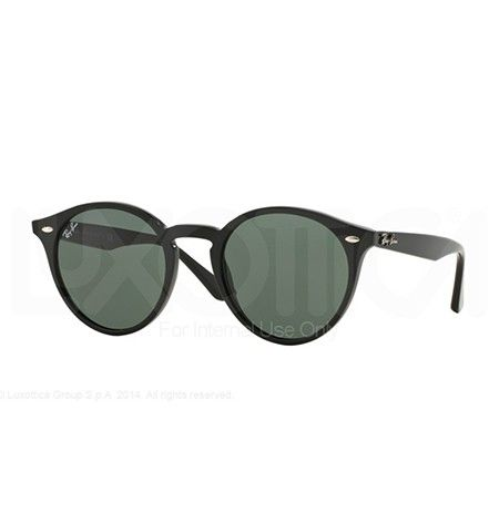Las gafas sol Ray Ban 2018 son un tributo al estilo Gandhi combinado con el Eye Cat. http://opticaarense.com/